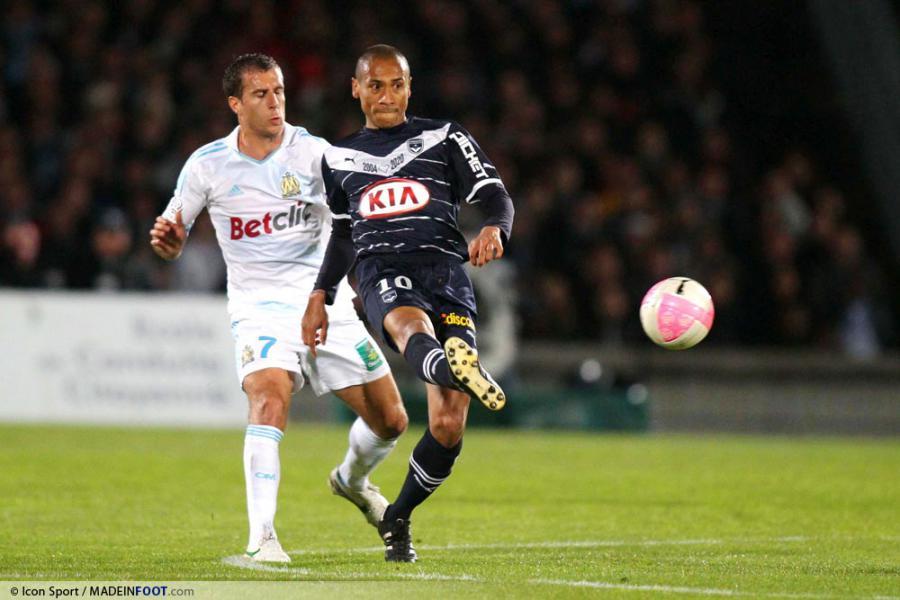 jussie-21-04-2012-bordeaux—marseille-33e-journee-ligue-1-20120422101519-2614
