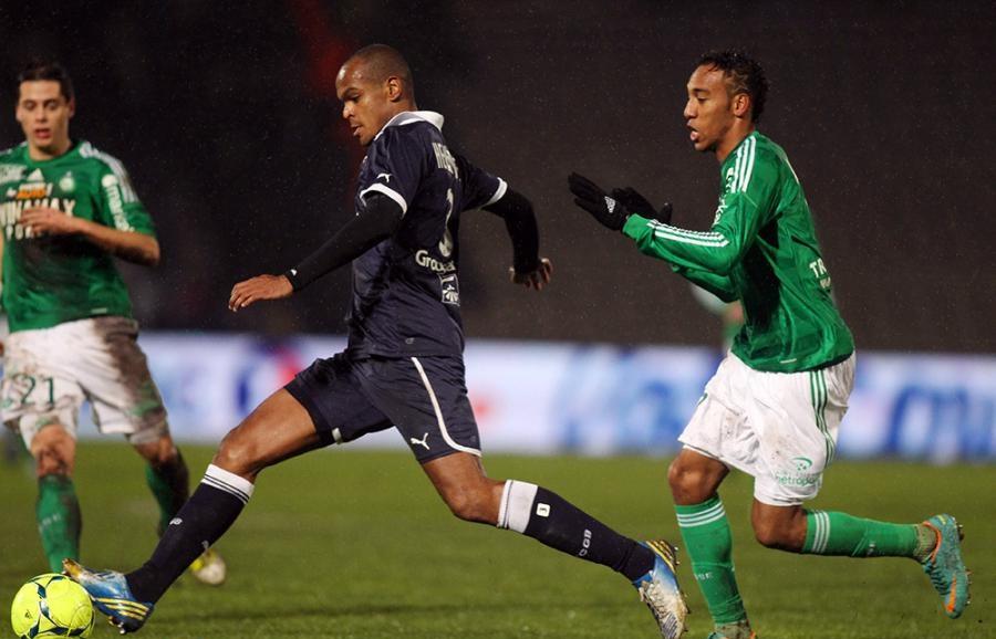 Henrique suspendu deux matchs