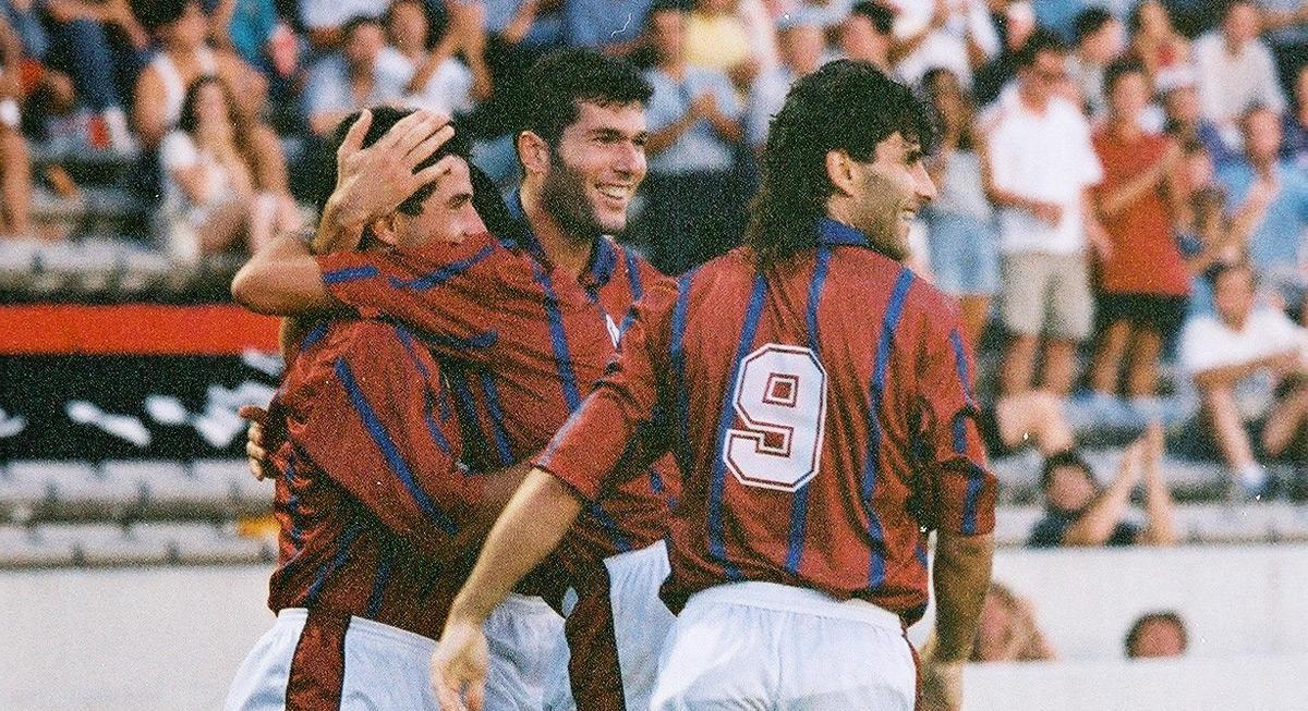 1993.11.06_ol_3_joie_tholot_zidane_lucas