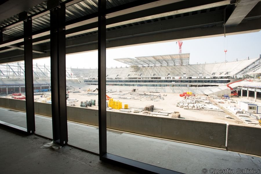 Chantier stade, tribune Ouest depuis les loges