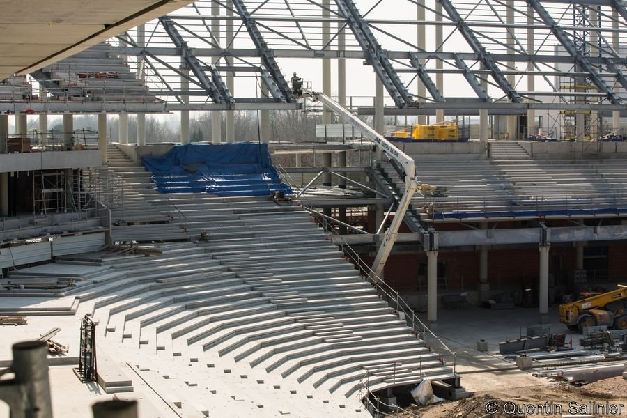 Chantier stade, vue sur le quart de virage Sud