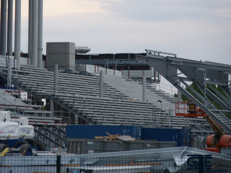 Chantier stade – Escaliers tribune Est