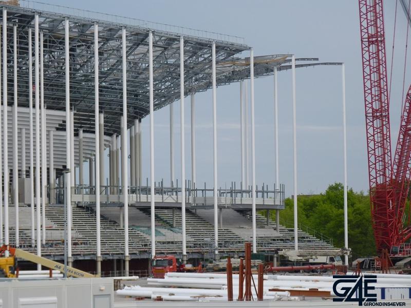 Chantier stade - Zoom toiture latérale Sud-Ouest