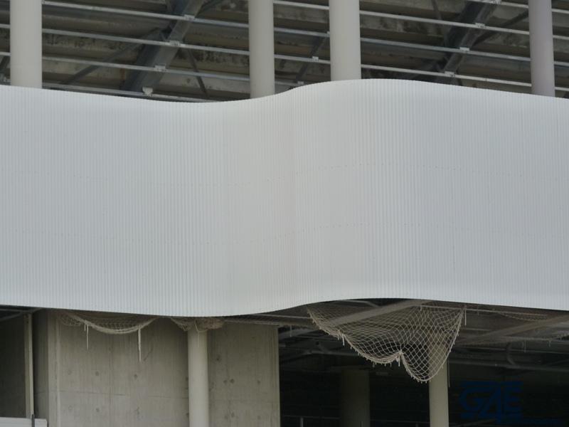 Chantier stade – bardage tribune Sud
