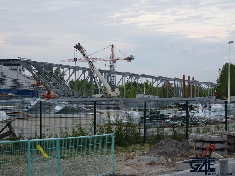 Chantier stade – colis toiture tribune Est