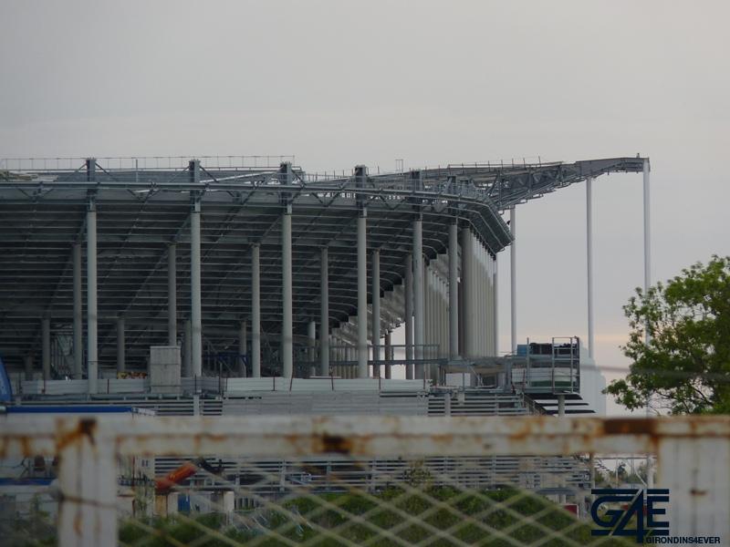 Chantier stade – vue Est sur toiture