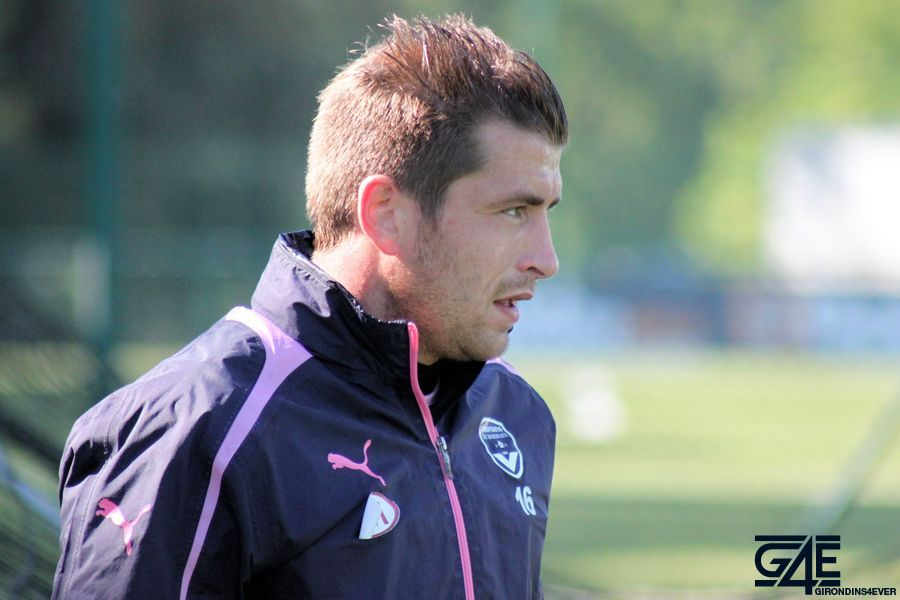 Cédric Carrasso profil après footing