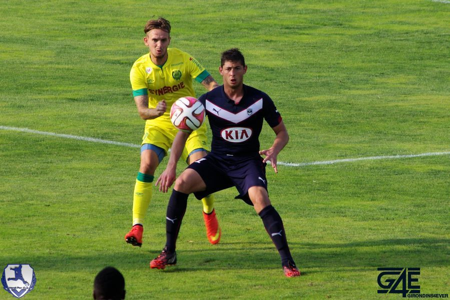 Emiliano Sala avec ballon Bordeaux-Nantes