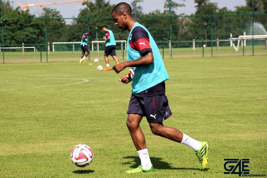Diego Rolan, ballon au pied