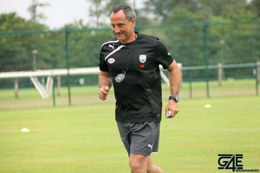 Sylvain Matrisciano court avec le sourire