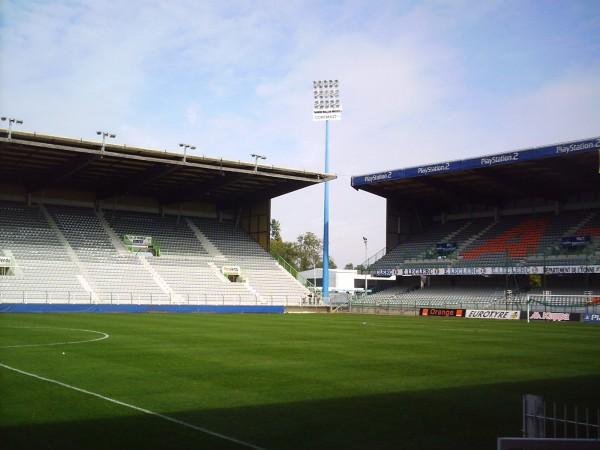 Stade_Abbé-Deschamps_(9)