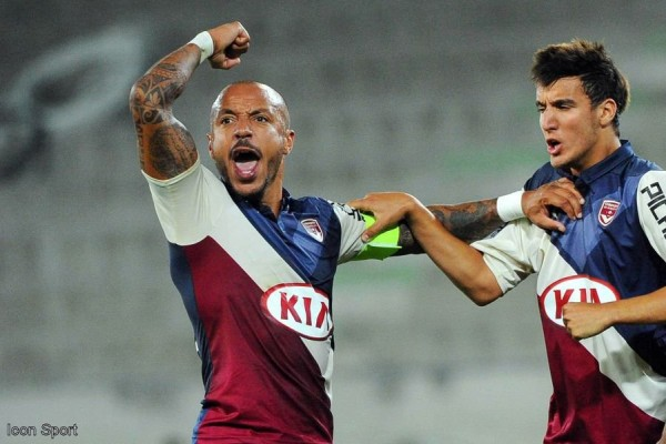 Julien Faubert et Younes Kaabouni iconsport_jpt_250914_05_052