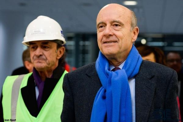 Jean-Louis Triaud et Alain Juppe Nouveau Stade iconsport_blu_230315_08_31