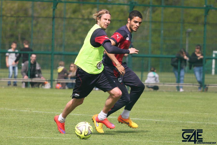 Tiago Ilori et Jaroslav Plasil