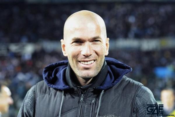 Zinedine Zidane iconsport_aim_161010