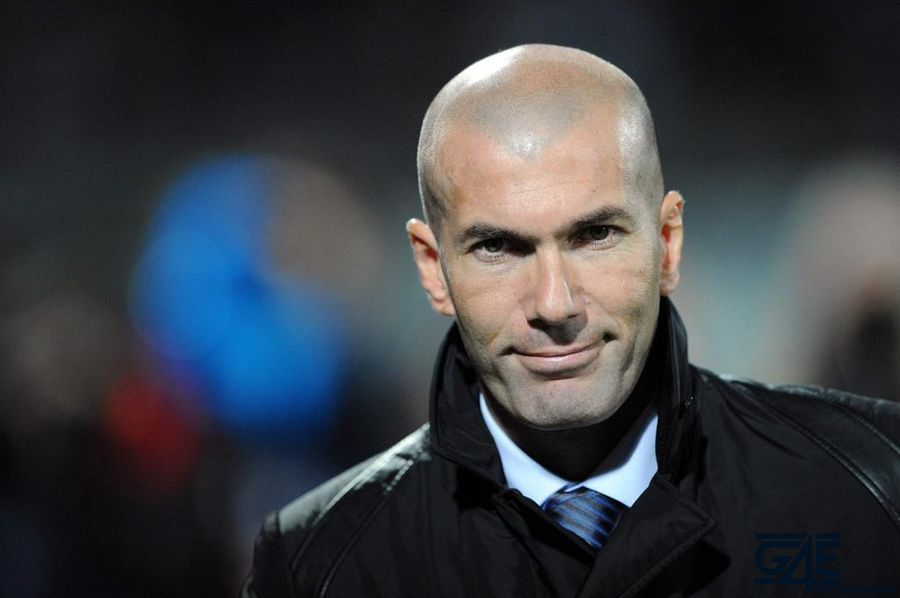 Zinedine Zidane iconsport_jpt_021111