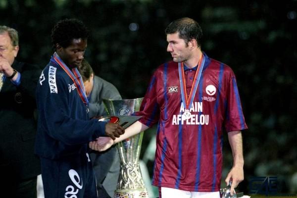 Zinedine Zidane iconsport_liv_150596