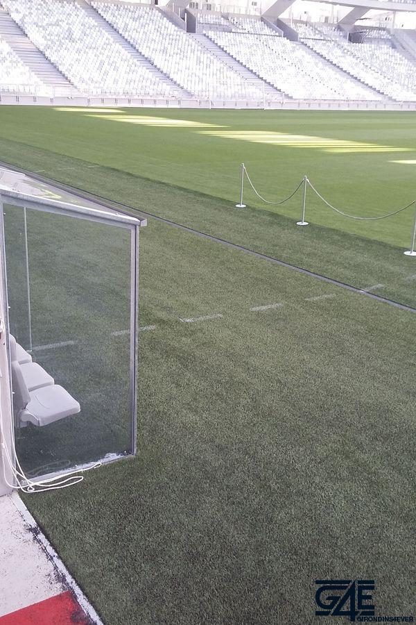 banc de touche Nouveau Stade