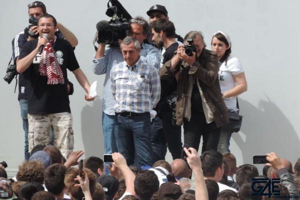 Alain Giresse, Place de la République avec les anciens joueurs (24)