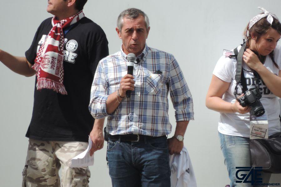 Alain Giresse, Place de la République avec les anciens joueurs (27)