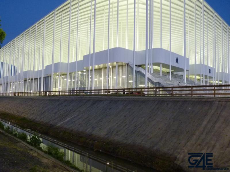 Nouveau Stade Bordeaux nuit