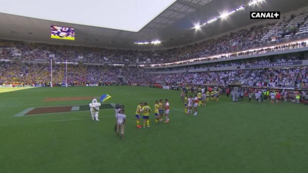 Nouveau stade pelouse rugby
