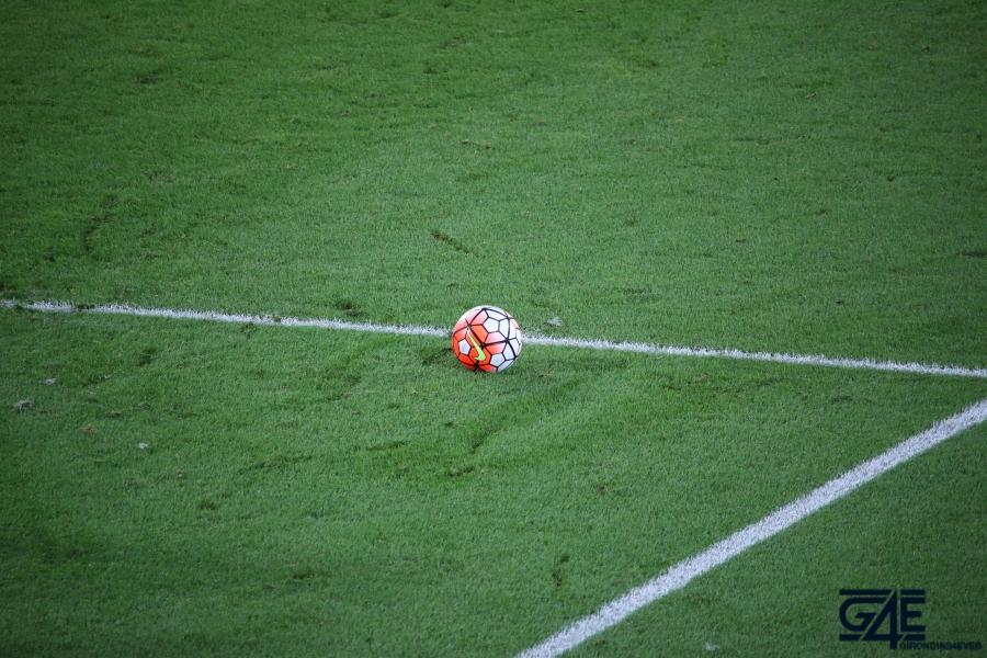 Equipe de France Stade Matmut Atlantique ballon pelouse