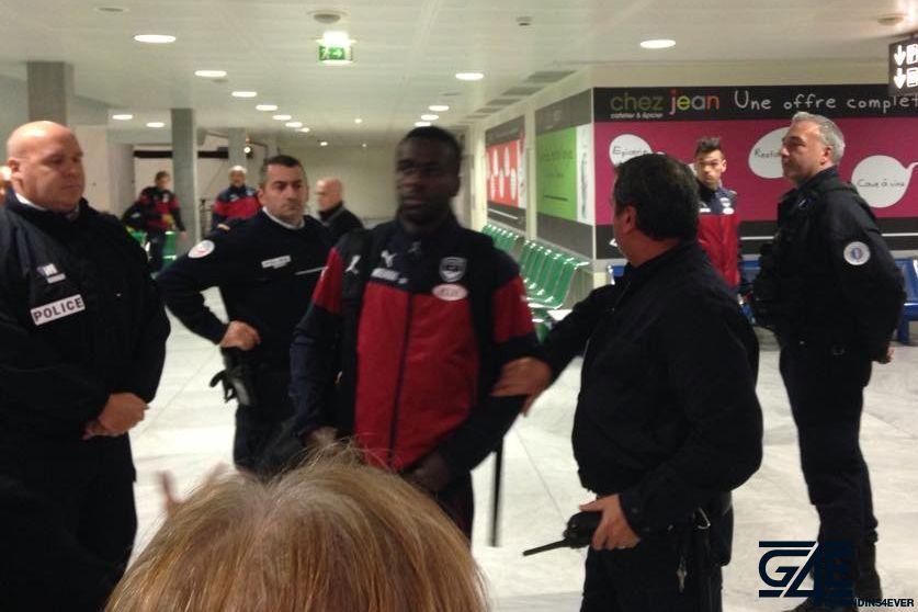 Joueurs après Gazelec, aéroport Mérignac