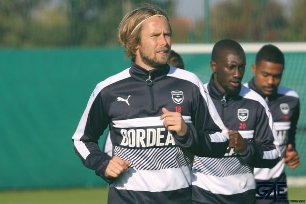 Jaroslav Plasil et Youssouf Sabaly