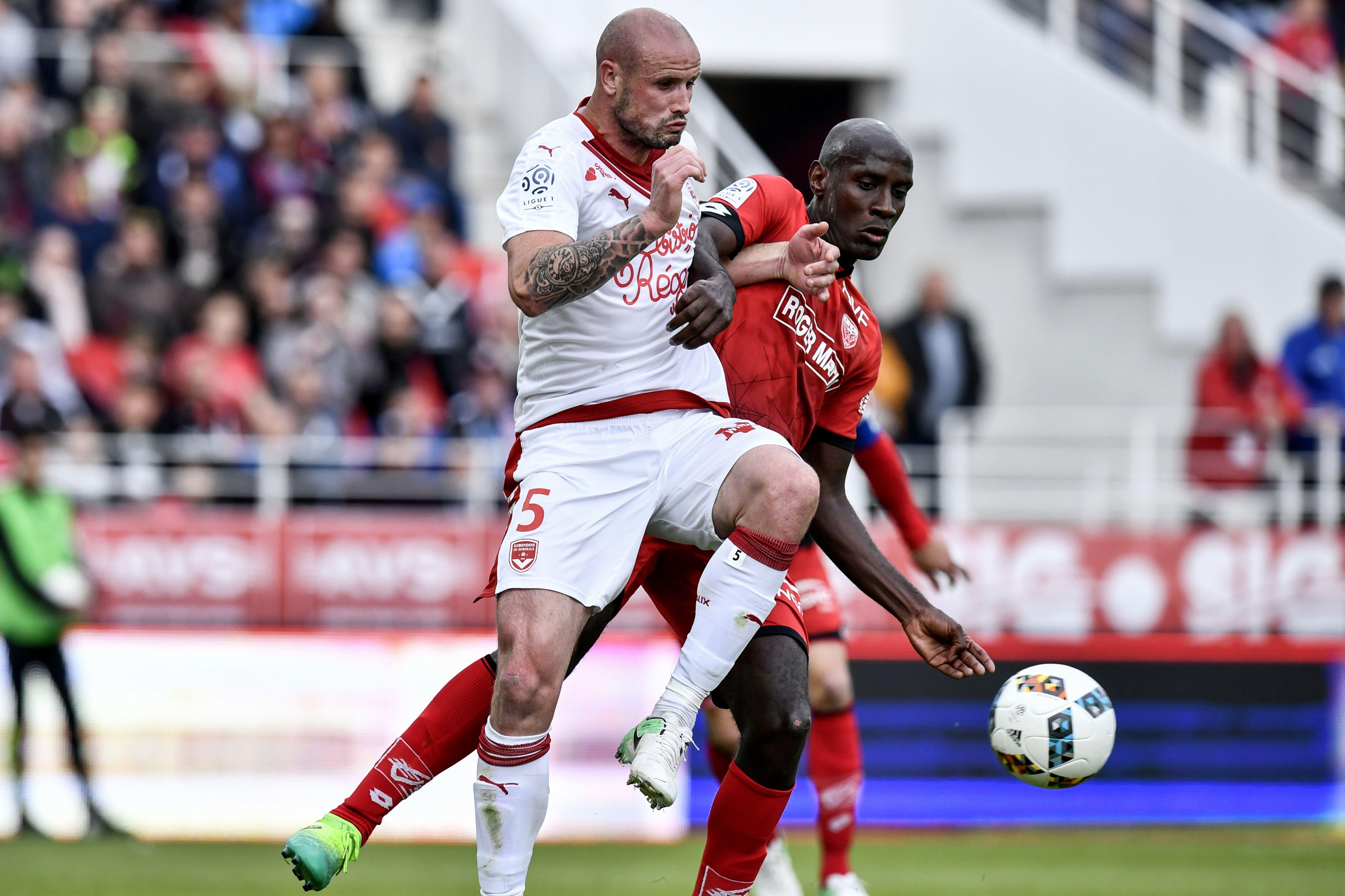 Saint-Etienne et Bordeaux se neutralisent 2-2