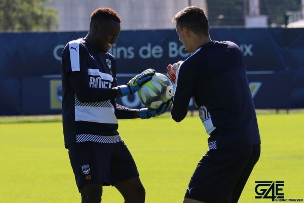 Over Mandanda et Jerome Prior