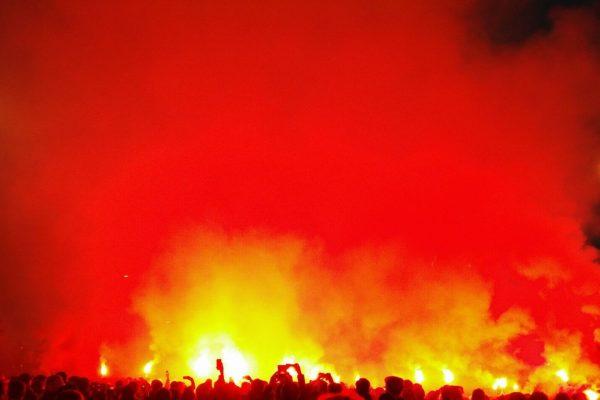 Ultras fumigènes