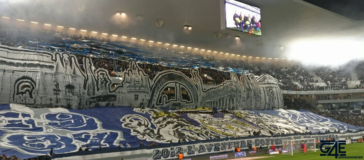 Tifos Ultramarines 30 ans supporters (10)