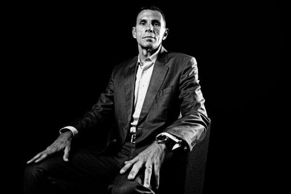 Gustavo Poyet LEON CSERNOHLAVEK Betstars