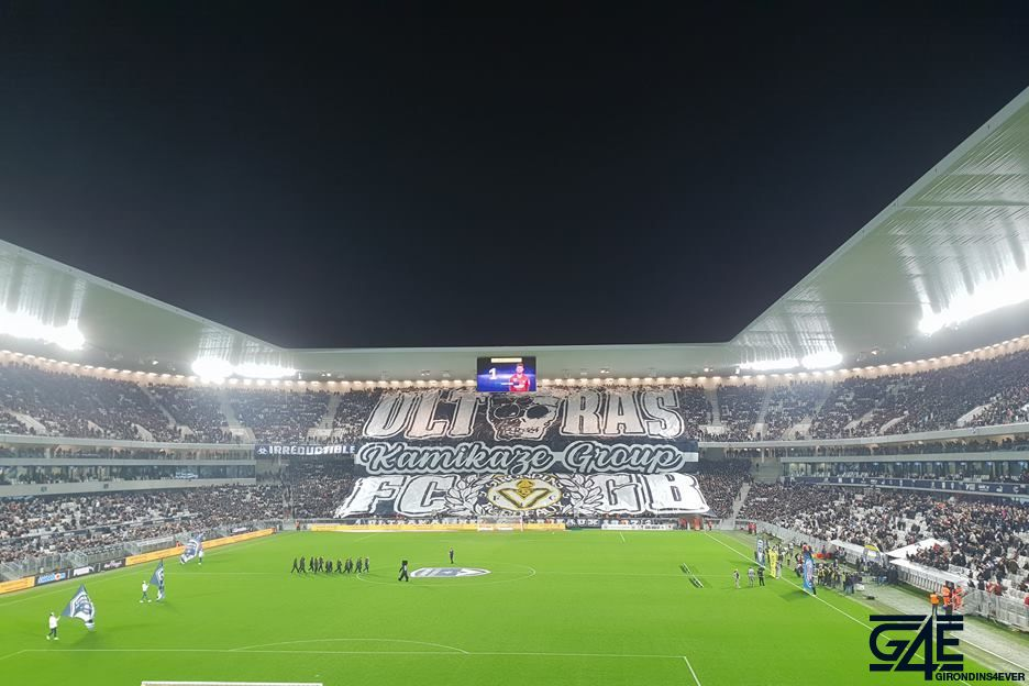 j16 plus de 20000 supporters au stade pour bordeaux saint etienne girondins4ever. Black Bedroom Furniture Sets. Home Design Ideas