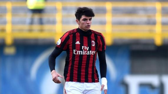 Des vues sur un jeune du Milan AC — Bordeaux