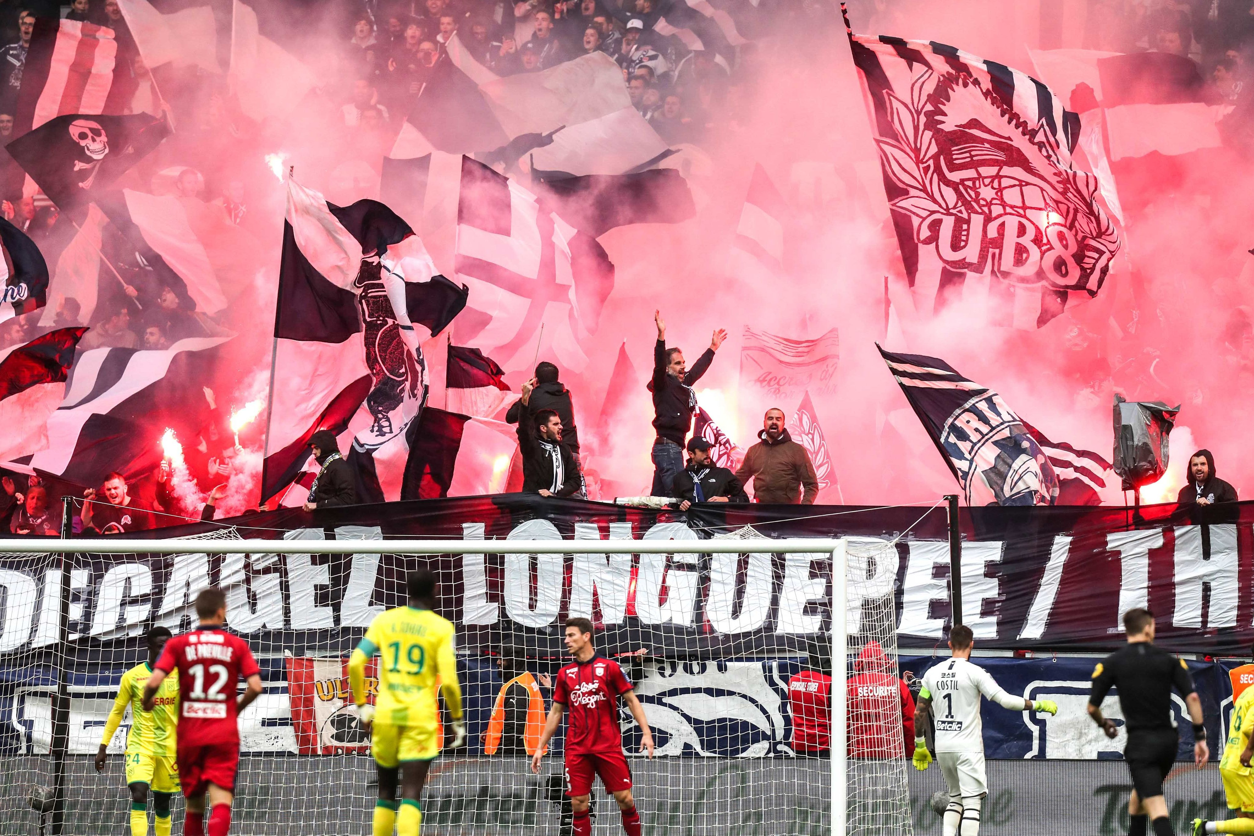 longuepee virage sud supporters démission