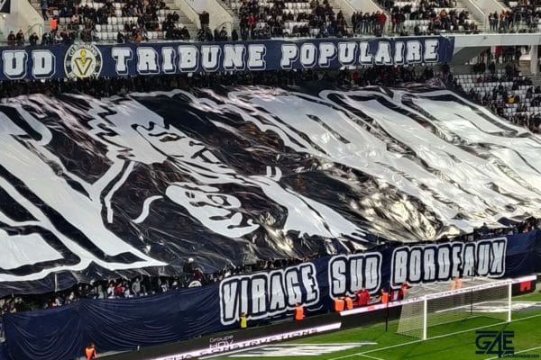 Ultramarines ultras supporters virage sud